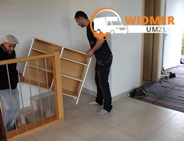 WIDMER UMZUG Bern - Aufladen Möbel